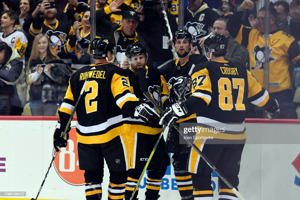 NHL: NOV 10 Coyotes at Penguins : News Photo