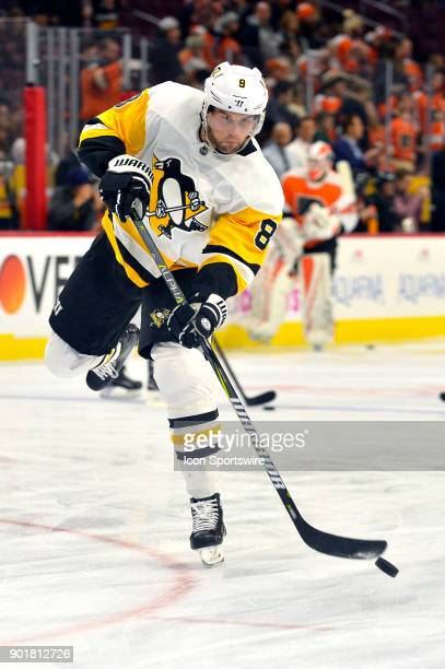 Pittsburgh Penguins defenseman Brian Dumoulin warms up before the NHL game between the Pittsburgh Penguins and the Philadelphia Flyers on January 02...
