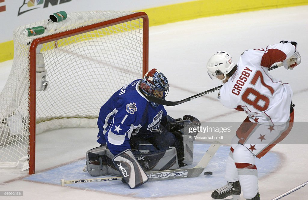 NHL All Star Game - East vs West - January 24, 2007 : News Photo