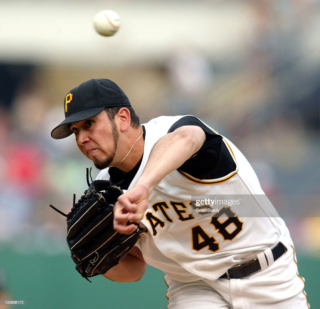 Milwaukee Brewers V Pittsburgh Pirates: Pittsburgh Pirates' Oliver Perez At Pitches During A Game