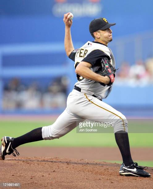 Pittsburgh Pirates Oliver Perez pitches against the Los Angeles Dodgers at Dodger Stadium in Los Angeles California on August 3 2004 The Dodgers won...