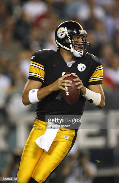 Pittsburgh quarterback Ben Roethlisberger drops back to pass versus Philadelphia during preseason action at the Lincoln Financial Field in...