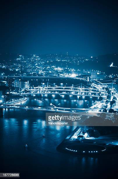 pittsburgh skyline aerial view - pittsburgh stock pictures, royalty-free photos & images