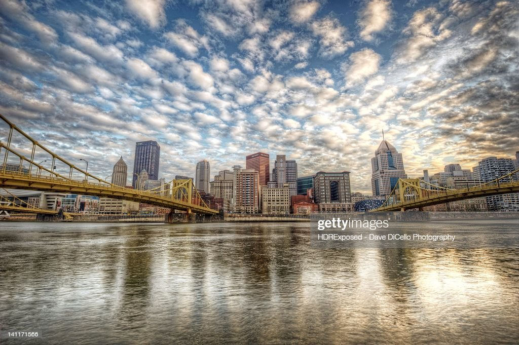Pittsburgh skyline from North shore : Stock Photo