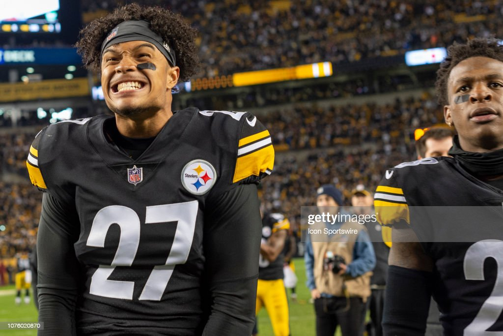 b380c6986 Pittsburgh Steelers defensive back Marcus Allen gets excited as he ...