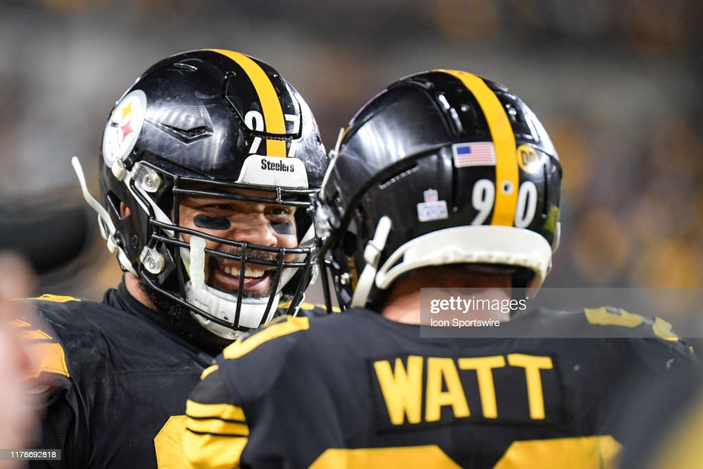 NFL: OCT 28 Dolphins at Steelers : ニュース写真
