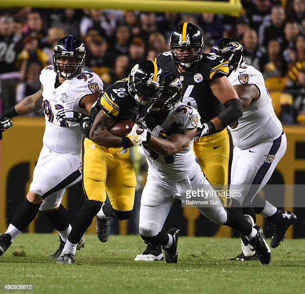 Pittsburgh Steelers fullback Will Johnson runs for a first down during the first quarter against the Baltimore Ravens at Heinz Field in Pittsburgh on...