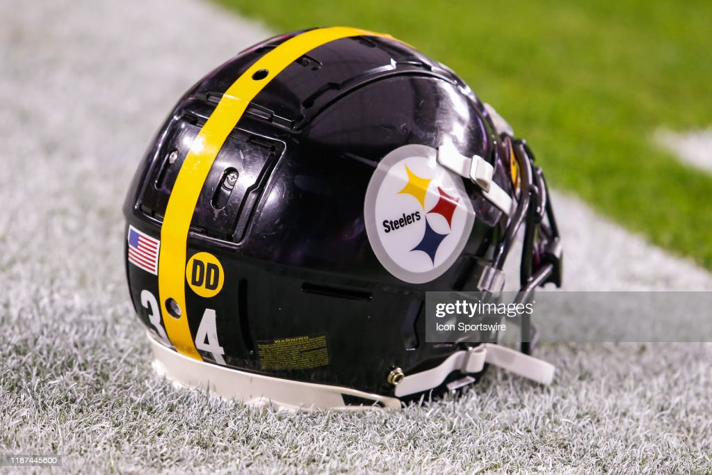 NFL: DEC 08 Steelers at Cardinals : News Photo