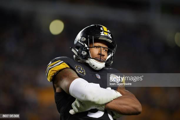 Pittsburgh Steelers inside linebacker Ryan Shazier celebrates pressuring Cincinnati Bengals quarterback Andy Dalton during an NFL game between the...