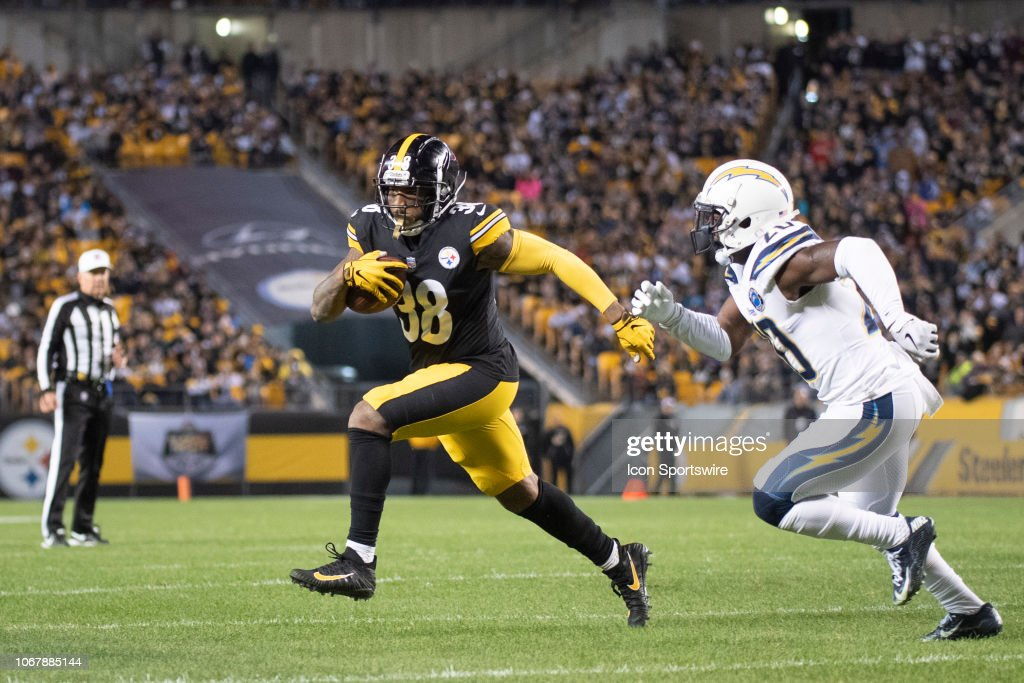 NFL: DEC 02 Chargers at Steelers : News Photo
