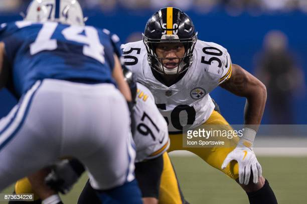 Pittsburgh Steelers linebacker Ryan Shazier gets into position during the NFL game between the Pittsburgh Steelers and Indianapolis Colts on November...