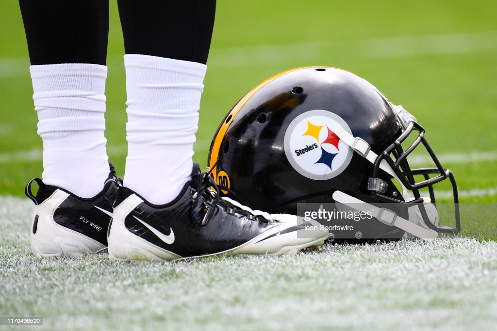 NFL: SEP 22 Steelers at 49ers : News Photo