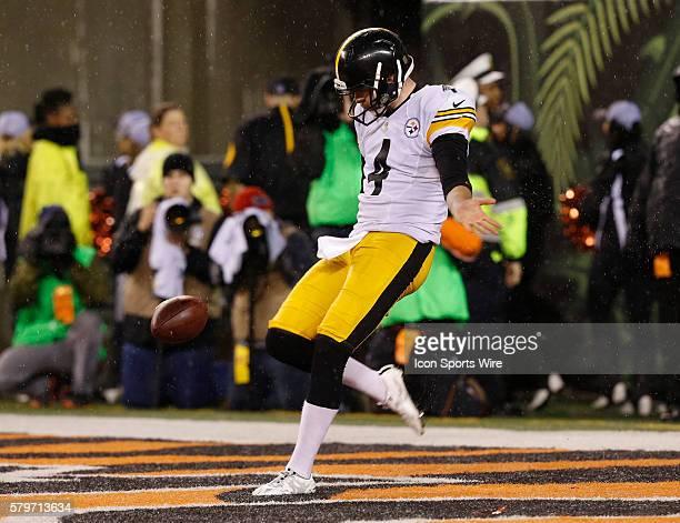 Pittsburgh Steelers punter Jordan Berry kicks against the Cincinnati Bengals in their NFL Wild Card Round game at Paul Brown Stadium in Cincinnati...