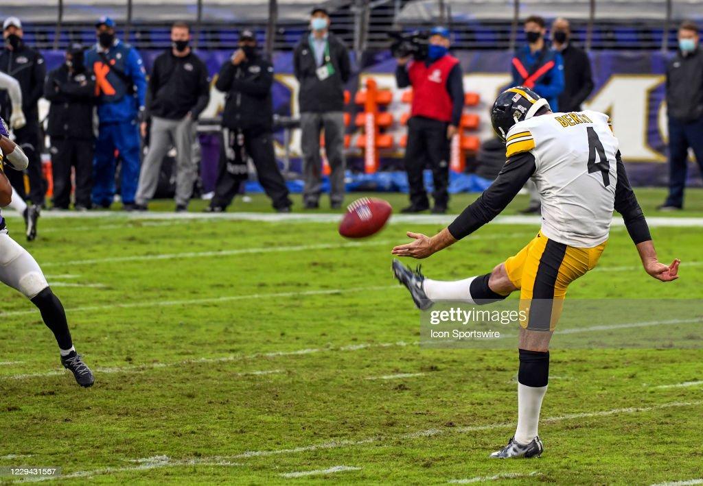 NFL: NOV 01 Steelers at Ravens : News Photo