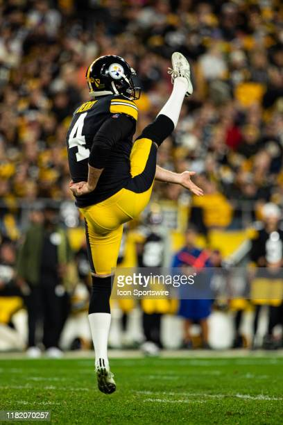 Pittsburgh Steelers punter Jordan Berry punts the ball during the NFL football game between the Los Angeles Rams and the Pittsburgh Steelers on...