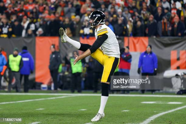 Pittsburgh Steelers punter Jordan Berry punts the football during the first quarter of the National Football League game between the Pittsburgh...
