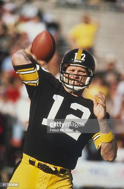 Pittsburgh Steelers quarterback Terry Bradshaw passes the ball
