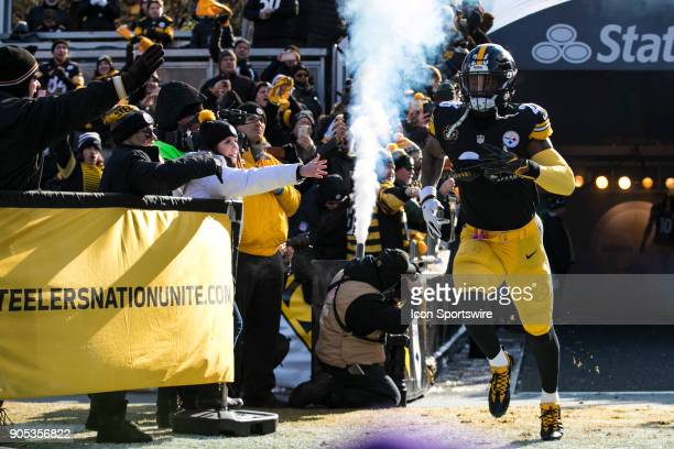 Pittsburgh Steelers running back Le'Veon Bell is announced during the AFC Divisional Playoff game between the Jacksonville Jaguars and the Pittsburgh...