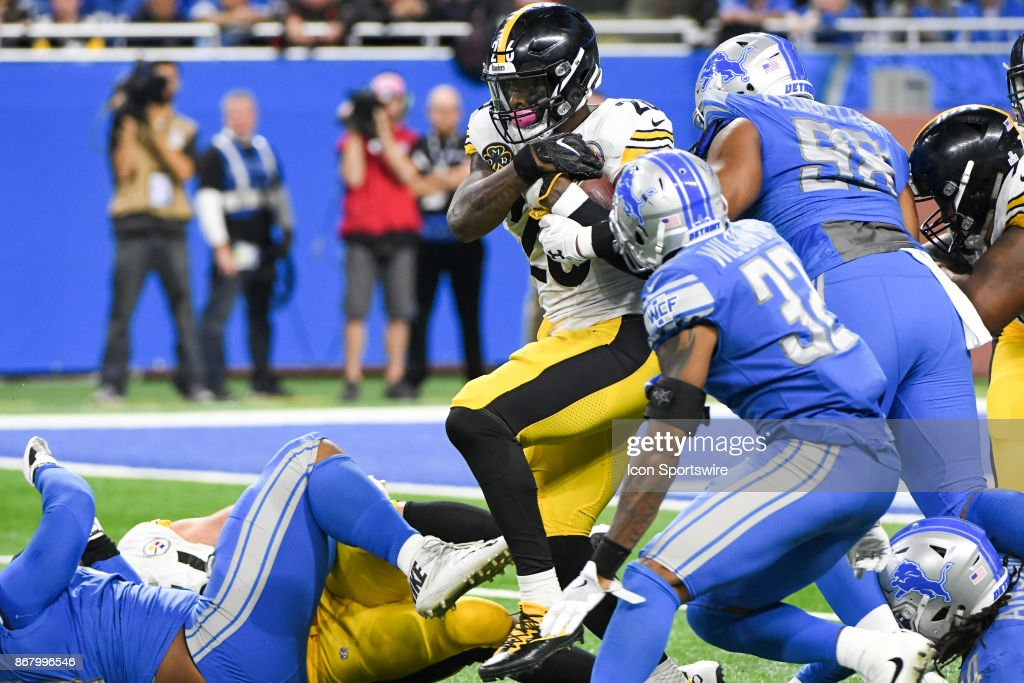 NFL: OCT 29 Steelers at Lions : News Photo