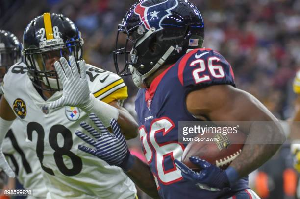Pittsburgh Steelers safety Sean Davis closes in on Houston Texans running back Lamar Miller during the football game between the Pittsburgh Steelers...