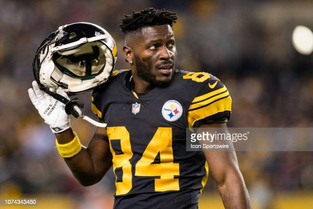 Pittsburgh Steelers wide receiver Antonio Brown looks on during the NFL football game between the New England Patriots and the Pittsburgh Steelers on...