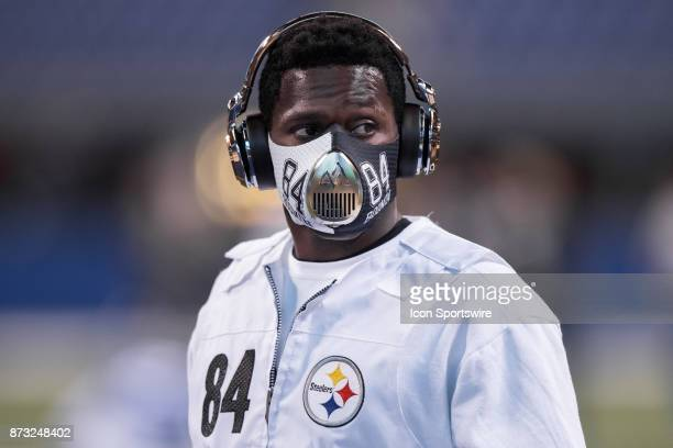 Pittsburgh Steelers wide receiver Antonio Brown warms up before the NFL game between the Pittsburgh Steelers and Indianapolis Colts on November 12 at...