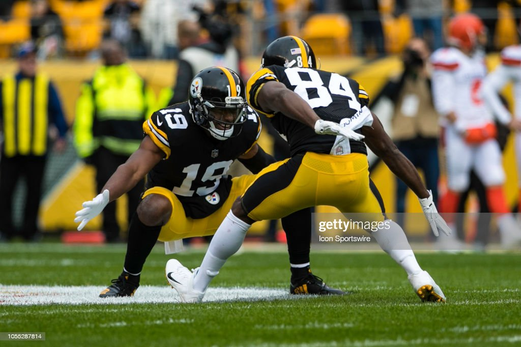 NFL: OCT 28 Browns at Steelers : News Photo