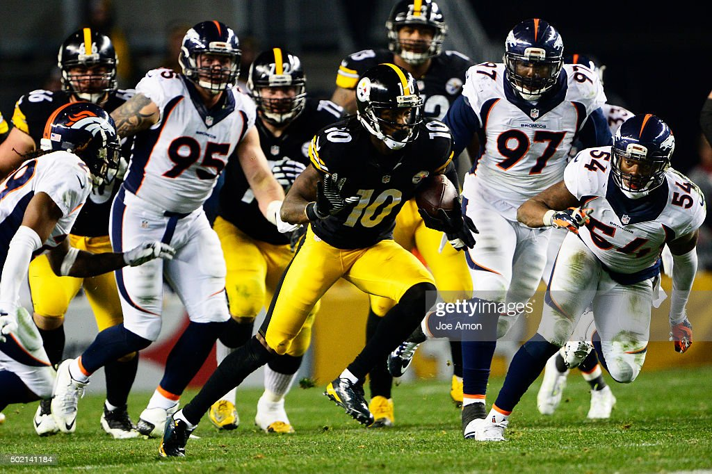 Pittsburgh Steelers wide receiver Martavis Bryant #10 is chased by the Broncos defense in the first half at Heinz Field in Pittsburgh, PA, December 20, 2015