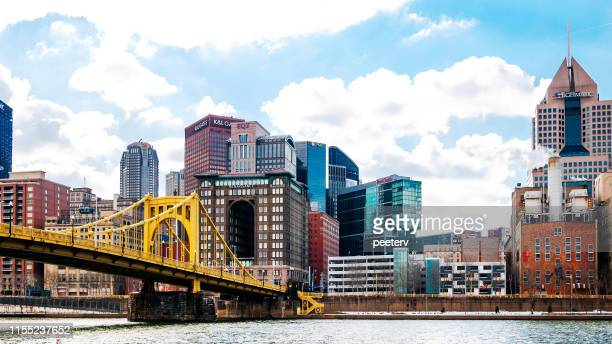 pittsburgh view and roberto clemente bridge - pittsburgh stock pictures, royalty-free photos & images