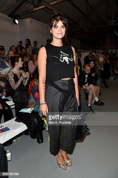 Pixie Geldof attends the Ashley Williams show during London Fashion Week Spring/Summer collections 2017 on September 16 2016 in London United Kingdom
