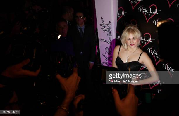 8e94aead8253 Pixie Lott arriving at Movida in central London for the Lipsy party after  she had launched