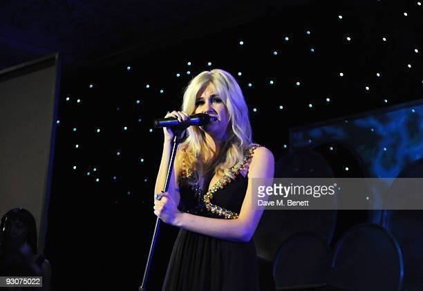 Pixie Lott performs on stage during the Variety Club Showbiz Awards at the Grosvenor House on November 15 2009 in London England