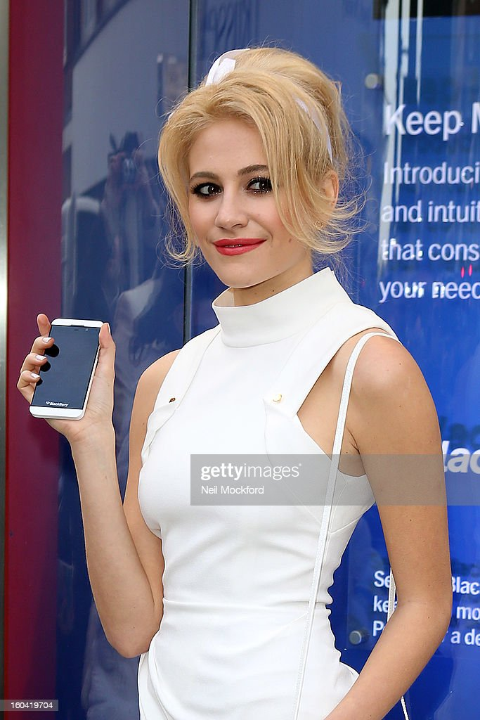 Pixie Lott sighted attending a photocall for the launch of the new BlackBerry Z10 smartphone outside Phones4U, Oxford Street on January 31, 2013 in London, England.