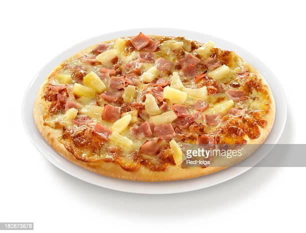 Pizza mit Schinken Ananas auf Teller