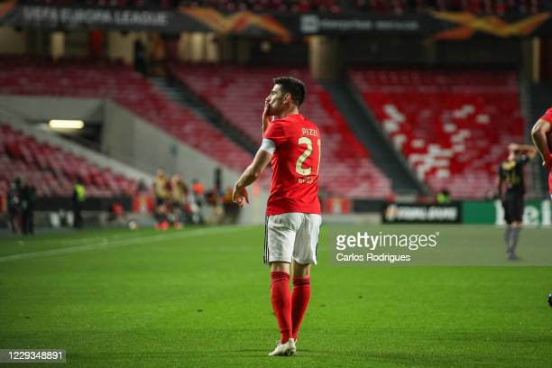 Pizzi of SL Benfica celebrates scoring SL Benfica goal during the UEFA Europa League Group D stage match between SL Benfica and Standard Liege at...
