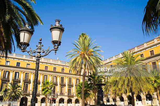 placa reial, barcelona, catalonia, spain - the ramblas stock pictures, royalty-free photos & images