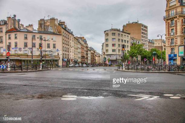 Place Auguste Metivier deserted on May 1st. No sale of thrush authorized on the public highway.