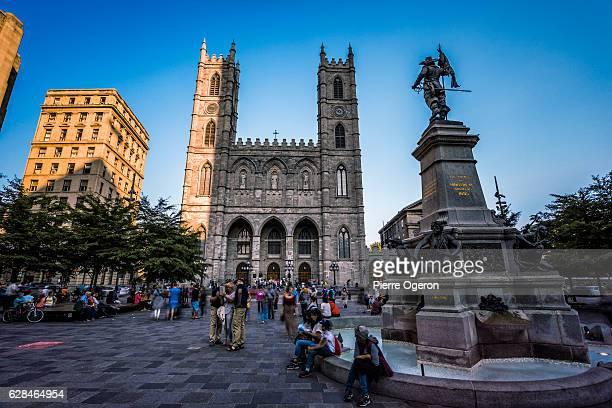 place d'armes of montreal - vieux montréal stock pictures, royalty-free photos & images
