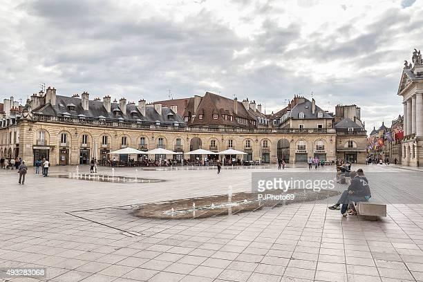 place de la libération - dijon - pjphoto69 stock pictures, royalty-free photos & images
