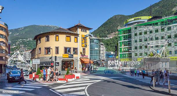 place de la rotonda andorra la vella - andorra la vella stock pictures, royalty-free photos & images