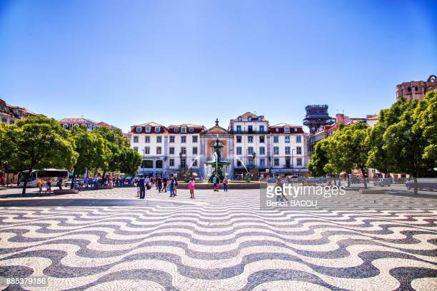 place dom pedro iv, rossio square, lisbon, portugal. - lisbon portugal stock pictures, royalty-free photos & images