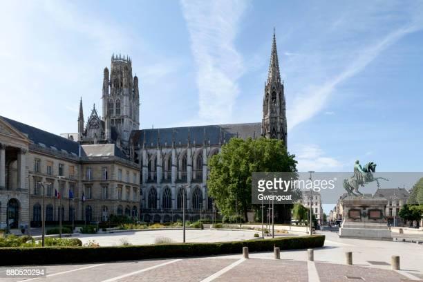 place du général de gaulle in rouen - rouen stock pictures, royalty-free photos & images