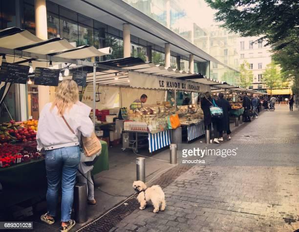 ・ サントノーレ ・ デュ ・ マルシェ ・ サントノーレ場所屋外フード マーケット、パリ、フランス