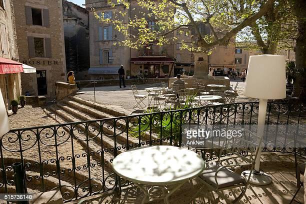 Platz Genty Pantaly in Gordes, Provence, Frankreich