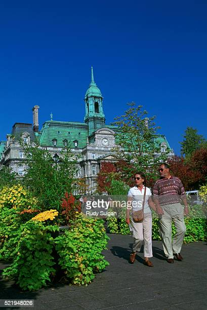 place jacques-cartier and hotel de ville in montreal - place jacques cartier stock pictures, royalty-free photos & images