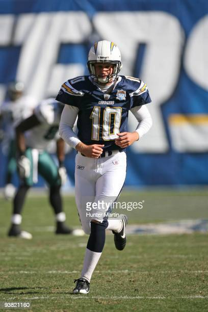 Place kicker Nate Kaeding of the San Diego Chargers setsup for a kickoff during a game against the Philadelphia Eagles on November 14 2009 at...