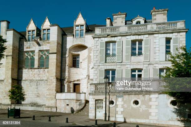 place marcel plaisant, bourges,cher,france - bourges stock pictures, royalty-free photos & images