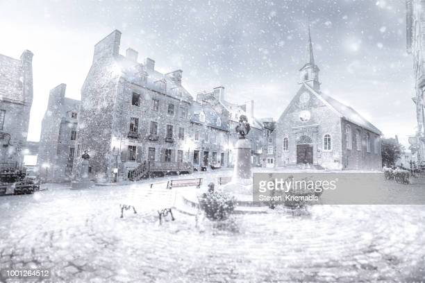 place royale - snow - national holiday stock pictures, royalty-free photos & images