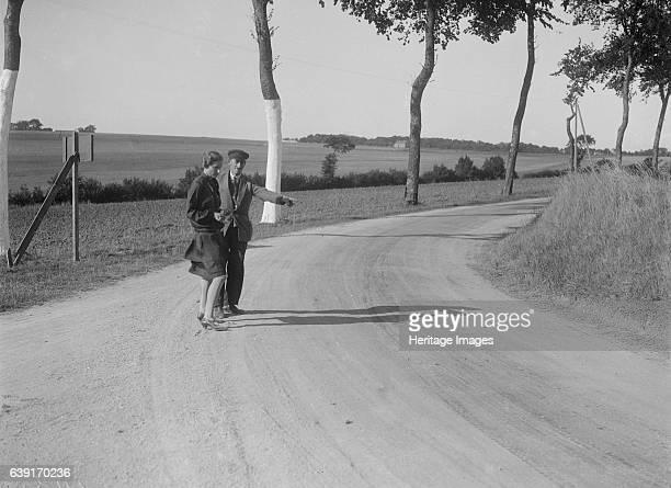 St. Martin. Boulogne Motor Week. Date: 3-9.9.28. Urquhart-Dykes, Mrs. W. Artist Bill Brunell.