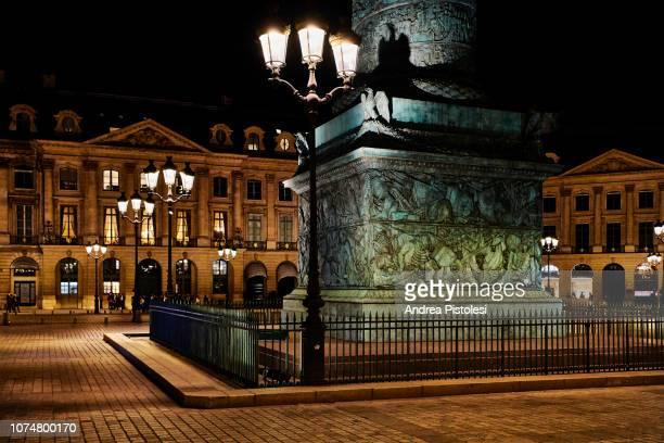 place vendome at night, paris - ヴァンドーム広場 ストックフォトと画像